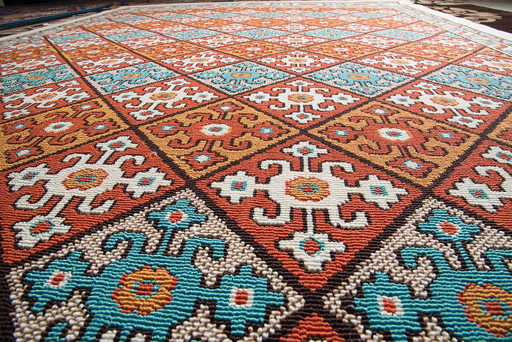 نحوه ی تشخیص فرش های ماشینی